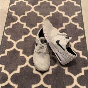 Men's white Nikes